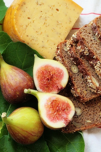Traditional breads & cheeses, paired with figs makes an appealing of fermented and raw foods.