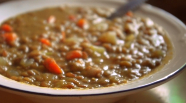 simple sprouted lentil soup with bacon 1